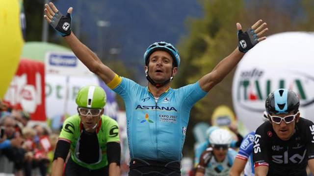 Bisikletçi Michele Scarponi hayatını kaybetti