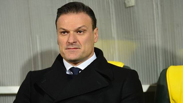 Bursaspor Alpay Özalan ile görüşüyor