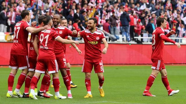 Sivasspor 3 - 0 Bandırmaspor