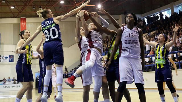 Yakın Doğu Üniversitesi 73 - 67 Fenerbahçe