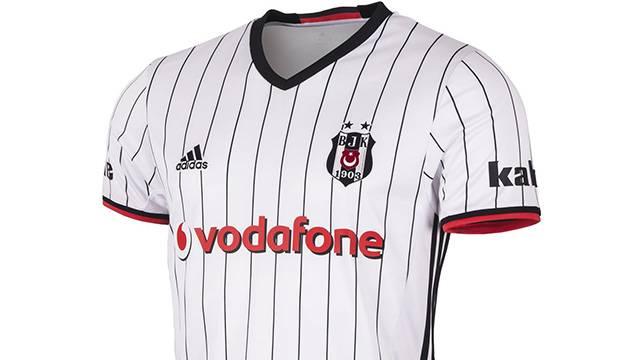 Beşiktaş Osmanlıspor maçına 3 yıldızlı formayla çıkacak