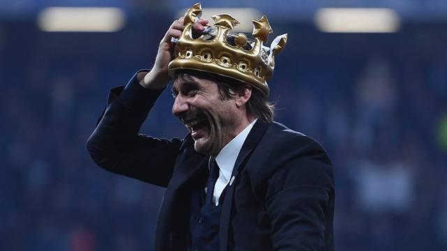 İngiltere'nin en iyi teknik adamı Conte seçildi