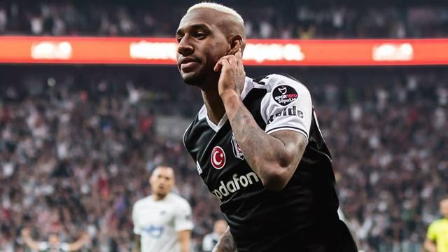 Ve Talisca Beşiktaş'ta kaldı! Açıklama geldi