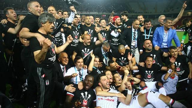 Spor yazarları Beşiktaş'ın şampiyonluğunu değerlendirdi