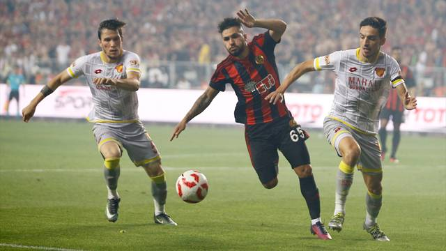 Eskişehirspor 3 - 4 Göztepe
