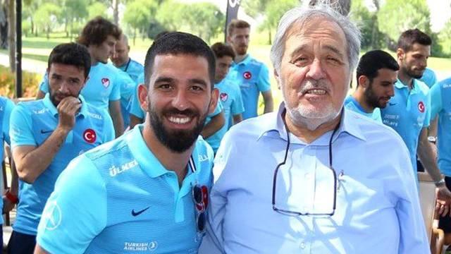 İlber Ortaylı: 'Arda Turan tanıdığım en cahil futbolcu değil'