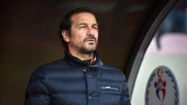 Yusuf Şimşek Denizlispor'la anlaştı