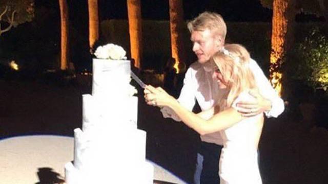 Fenerbahçeli Simon Kjaer evlendi