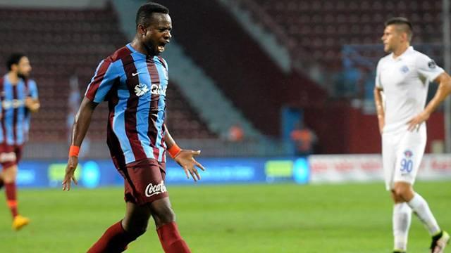 Onazi maaşı geciktiği için Trabzonspor'la sözleşmesini feshetti