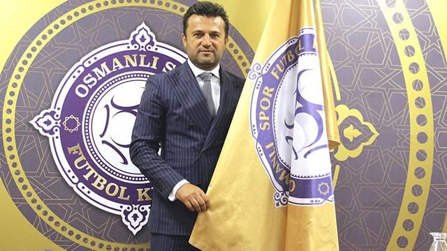 Bülent Uygun Osmanlıspor'la 3 yıllık sözleşme imzaladı