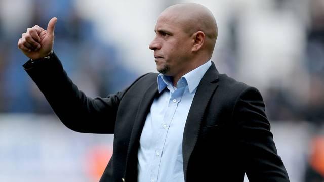 Fenerbahçe'de transferi Roberto Carlos bitiriyor