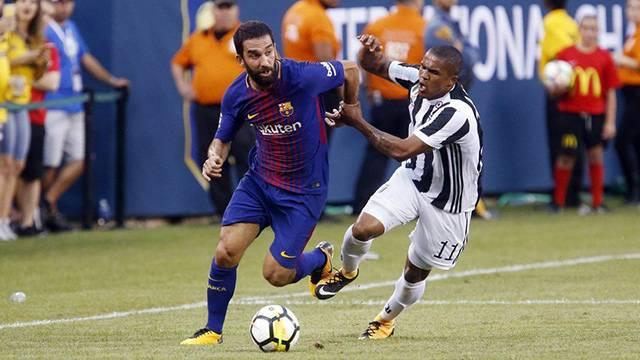 İspanyollara göre Arda Turan Barcelona'da kalacak