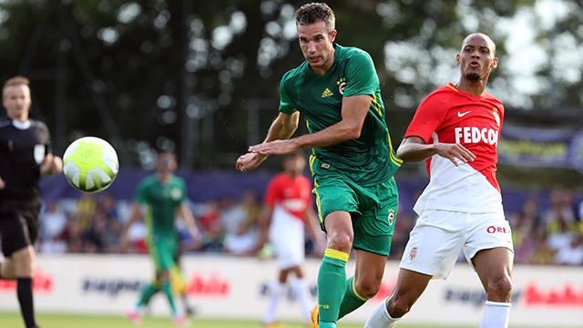 Van Persie Strum Graz maçında forma giyemeyecek