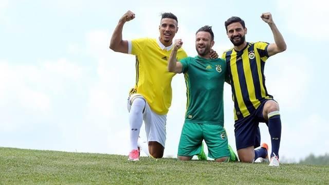 Sturm Graz - Fenerbahçe ne zaman saat kaçta hangi kanalda? İşte FB'nin Sturm Graz maç kadrosu...