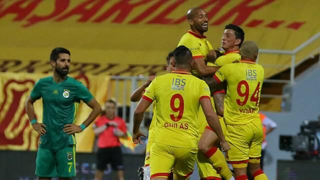 Göztepe 2 - 2 Fenerbahçe