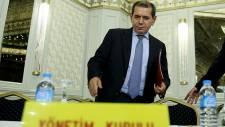 Dursun Özbek: 'Bu toplantı tarihte kara bir leke olarak yer alacak'