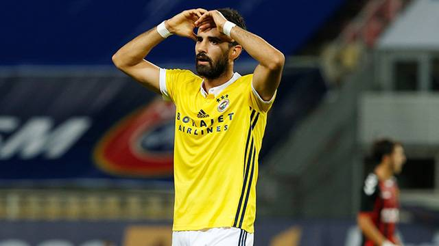 Vardar 2 - 0 Fenerbahçe