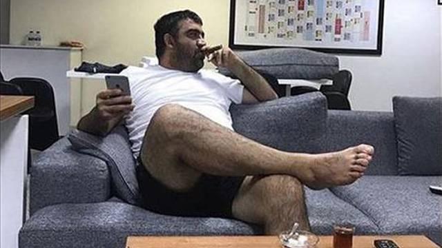 Ümit Özat'ın puroyla fotoğrafı ortaya çıktı
