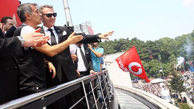 Beşiktaş'ta transfer krizi gün yüzüne çıktı