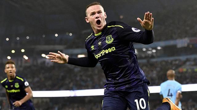 Wayne Rooney İngiltere Milli Takımı'nı bıraktığını açıkladı