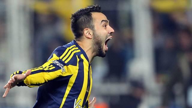 Trabzonspor Volkan Şen'in lisansını çıkardı