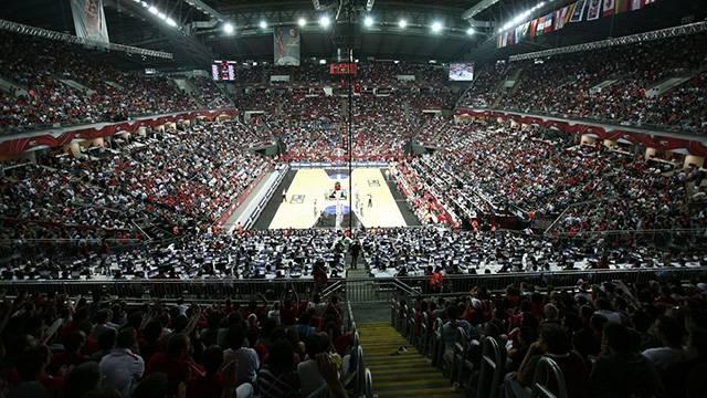 Anadolu Efes maçlarını Sinan Erdem'de oynayacak