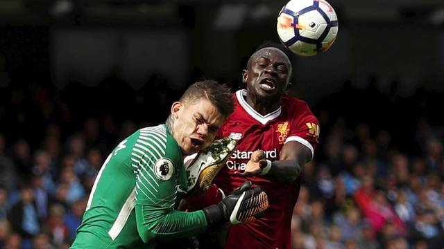 Manchester City maçında kırmızı kart gören Sadio Mane'nin cezası belli oldu