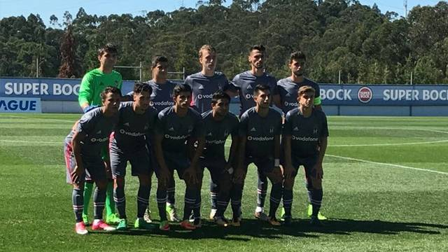 UEFA Gençlik Ligi'nde Beşiktaş, Porto'ya 5-1 mağlup oldu