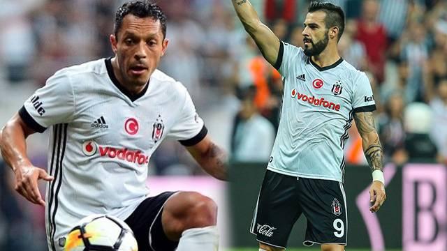 Beşiktaş'tan Adriano ve Negredo açıklaması
