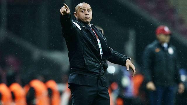Antalyaspor Roberto Carlos'a teklif götürdü