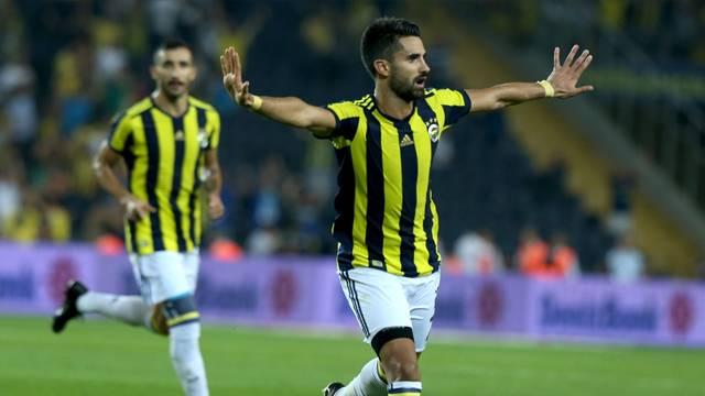 Fenerbahçe Alper Potuk'un sözleşmesini 4 yıl uzattı
