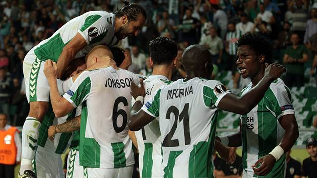 Atiker Konyaspor 2 - 1 Vitoria Guimares