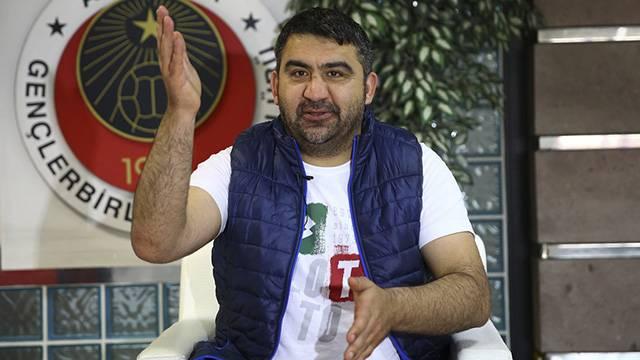 Ümit Özat: 'Dünyanın en iyi müslüman takımı Beşiktaş'ta 9 Hristiyan var'