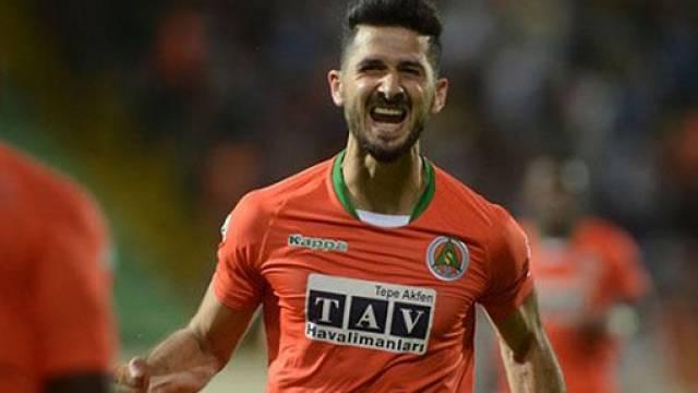 Emre Akbaba'ya Fenerbahçe'den sonra Galatasaray da talip!
