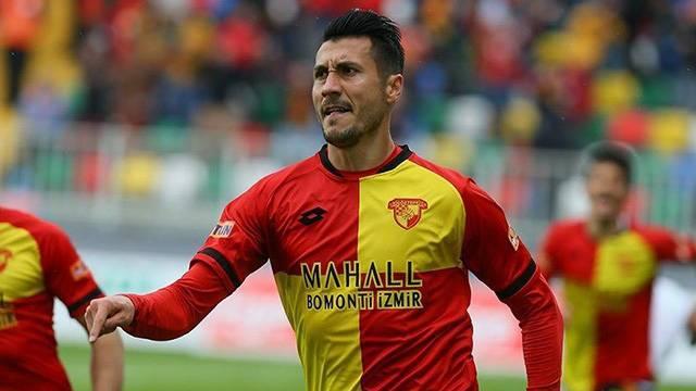 Göztepe Adis Jahovic'e yeni sözleşme teklif etti
