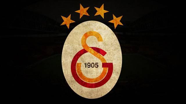 Galatasaray, Emre Akbaba, Kaan Ayhan ve Asamoah'ı bitiriyor!