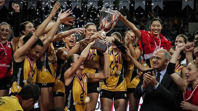 Spor Toto Kadınlar Şampiyonlar Kupası'nı VakıfBank kazandı