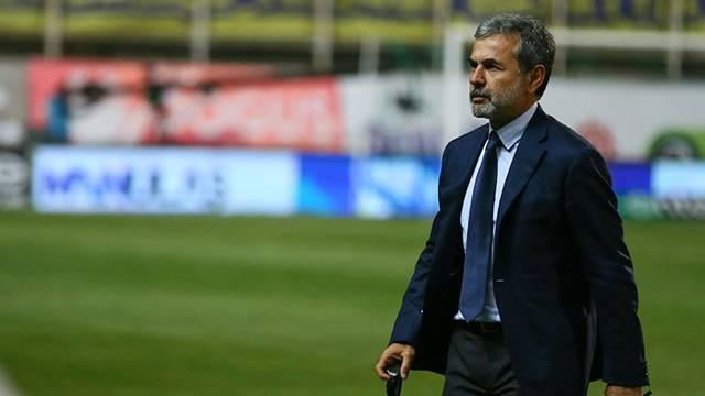 Aykut Kocaman derbide Mehmet Topal'ı oynatmayacak