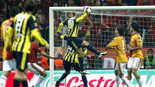 Fenerbahçe'den Alex'siz derbi özel videosu