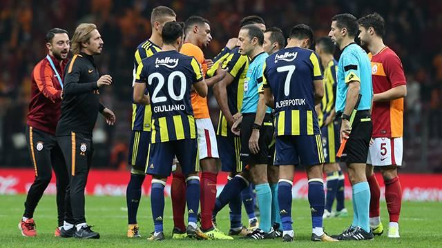 Galatasaray Fenerbahçe'ye verilen cezayı emsal gösterecek