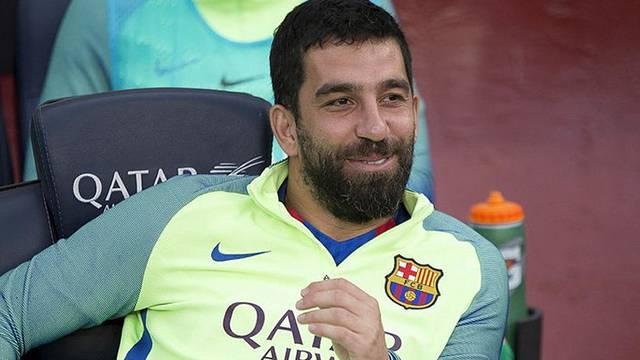 Ernesto Valverde: 'Arda Turan takıma girmek için çaba göstermeli'