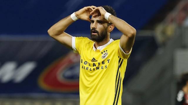 Alper Potuk Fenerbahçe'den ayrılmak istiyor