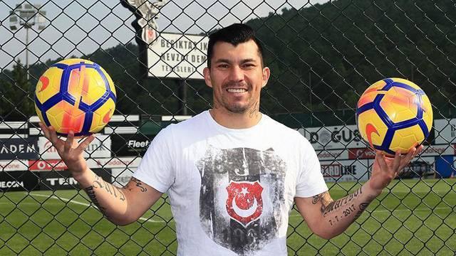 Gary Medel: Beşiktaş'ta şampiyonluk yaşamak istiyorum