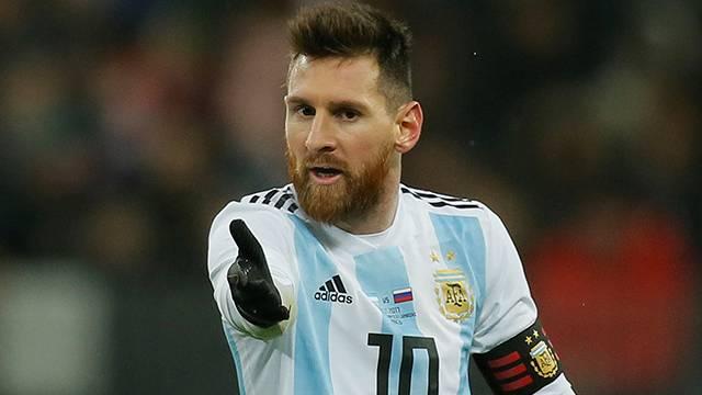 'Messi hazırlık maçı için para alıyor' iddiası!