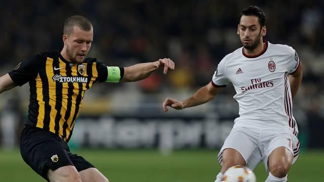 Hakan Çalhanoğlu Napoli maçında oynamayacak
