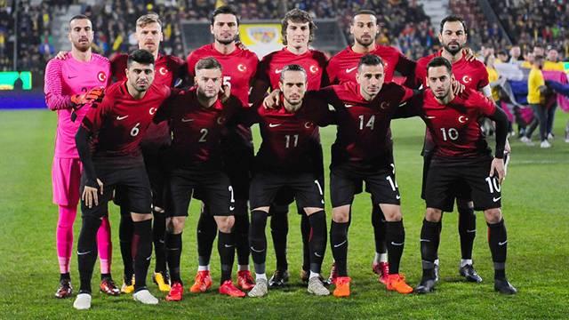 Türkiye 9 sıra geriledi ve FIFA sıralamasında 42. oldu