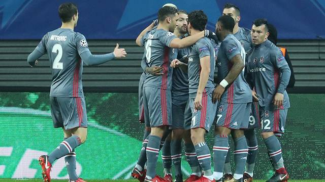 Leipzig 1 - 2 Beşiktaş