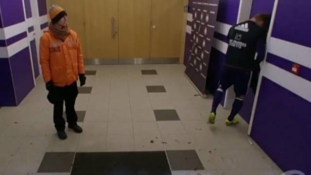Teodorczyk kırmızı kart gördü, kapıya kafa attı!