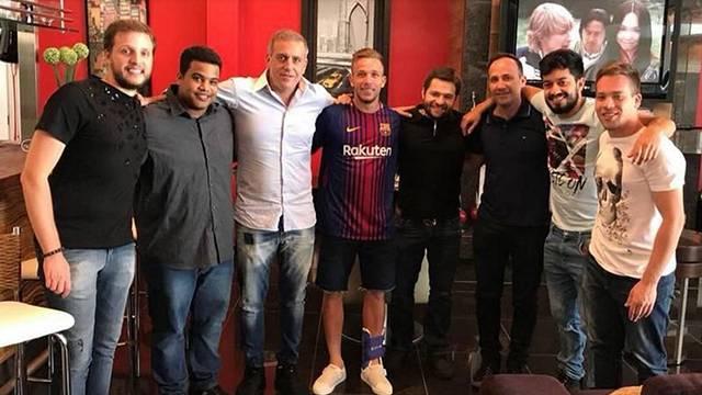Real Madrid ve Barcelona Arthur'un peşine düştü