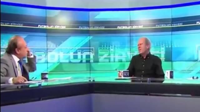 Mustafa Denizli ve Levent Özçelik arasında 'çekirge' gerilimi